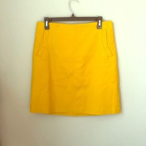 Ann Taylor NWOT skirt mustard yellow size 6 medium